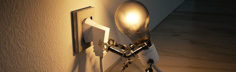 cropped-light-bulb-plug-itself-image.jpg